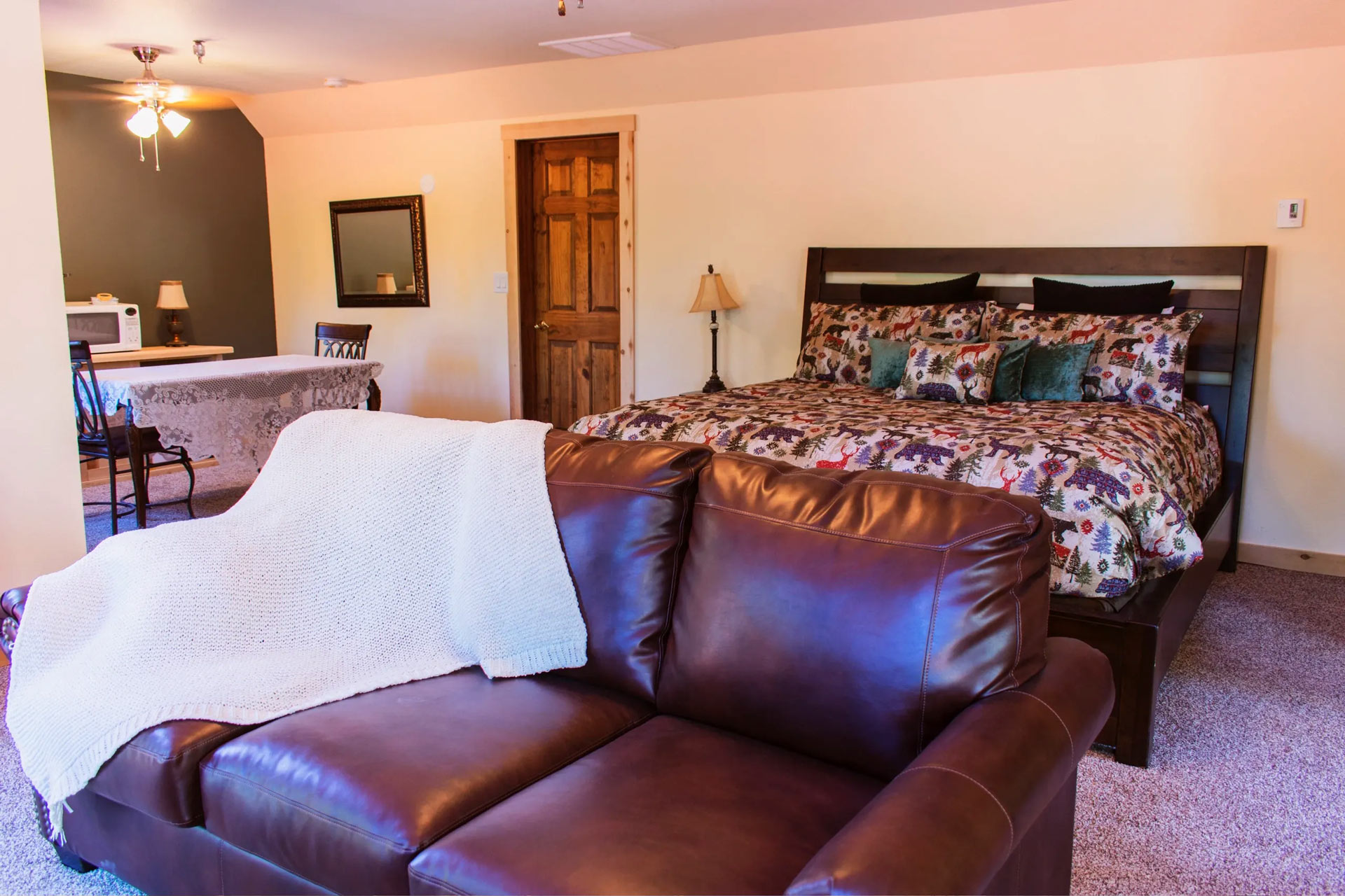 Carriage house bedroom with queen size bed